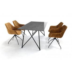 Eettafel met Dekton Sogne blad en velvet eetkamerstoelen